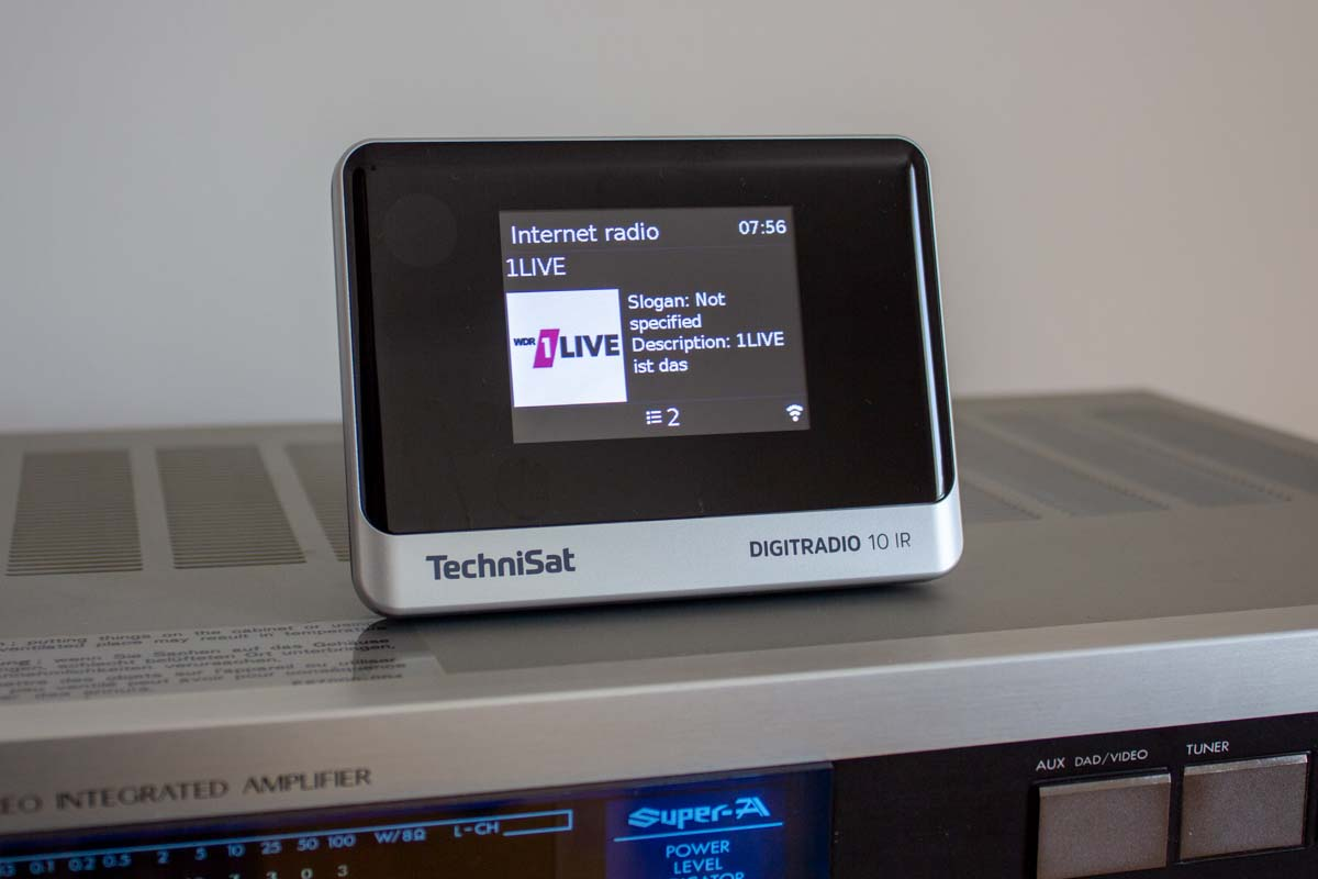 Listening to 1LIVE on the TechniSat DIGITRADIO 10 IR
